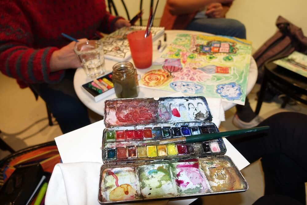 Hundertwasser-Ausstellung-Fabrik-der-Künste-Malen-und-Zeichnen_5